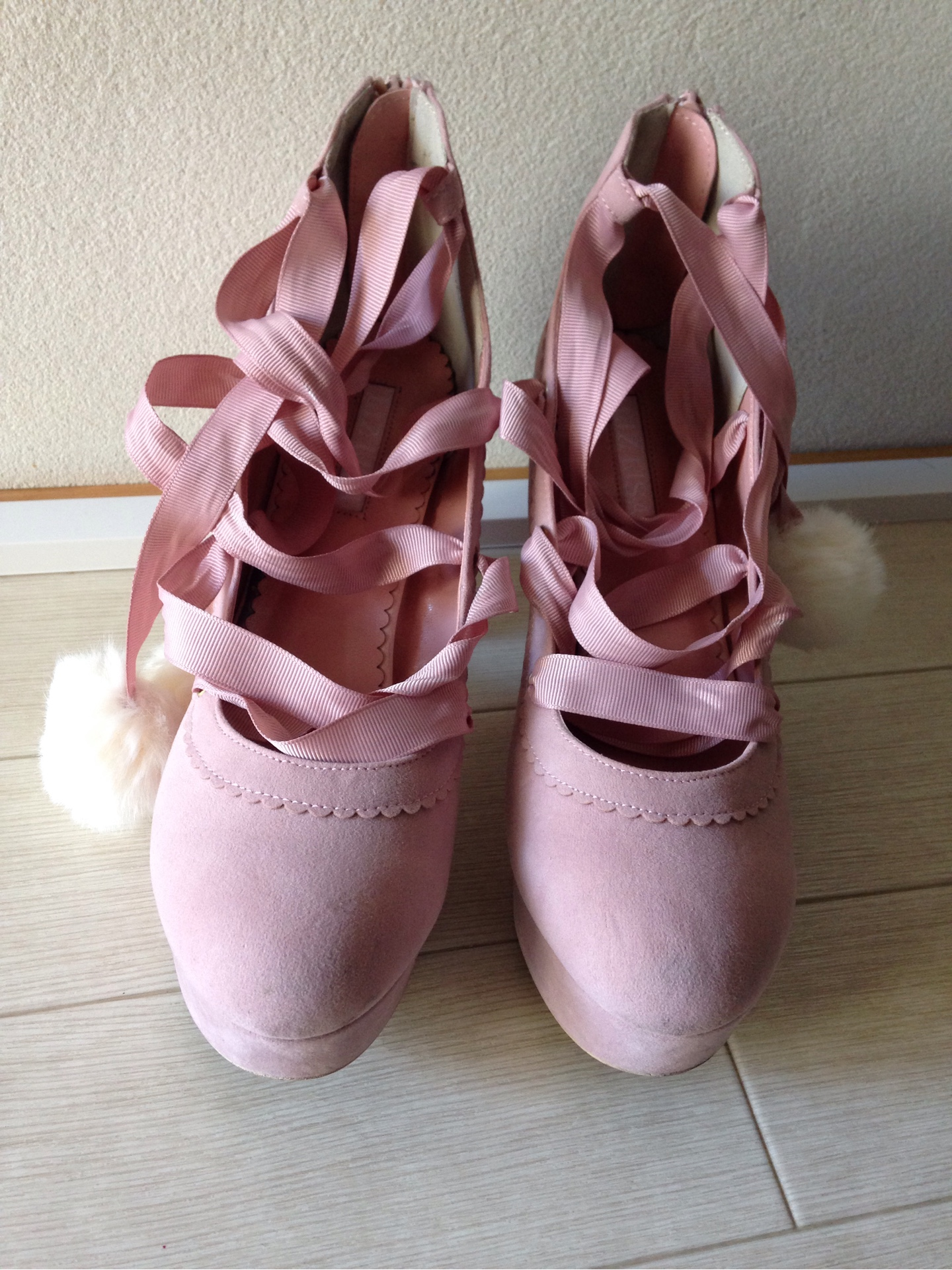 c4502d3c7 Flaw【LIZ LISA】pre-owned Pink Pom-pom Pumps Shoes 0266 – You and Me ...